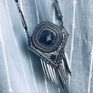Jewelry - Beautiful silver boho necklace